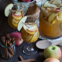 Zulka-Sparkling-Apple-Cider-Sangria-3208-200x200