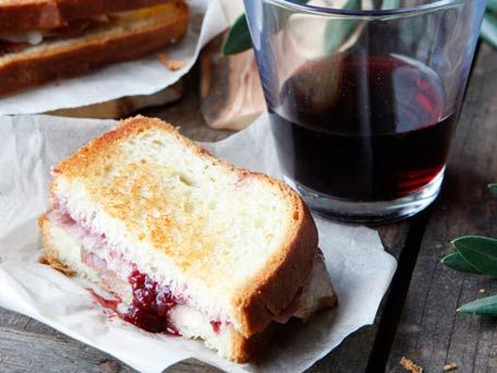 grilled-ham-and-cheese-with-strawberry-red-wine-jam_456X342